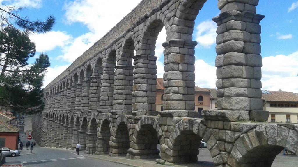 Madrid Camino Day 5 – Navacerrada to Segovia